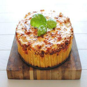 ماکارونی قالبی  با پنیر پیتزا