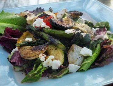 سالاد سبزیجات کبابی