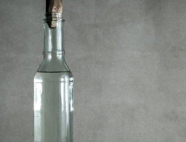 سرکه سفید یکی از بهترین ضدعفونیکنندهها برای پاکسازی خانه