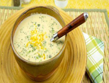 سوپ گل کلم و پنیر چدار