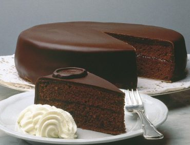 کیک تورته زاخا