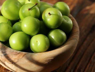 آشنایی با گوجه سبز